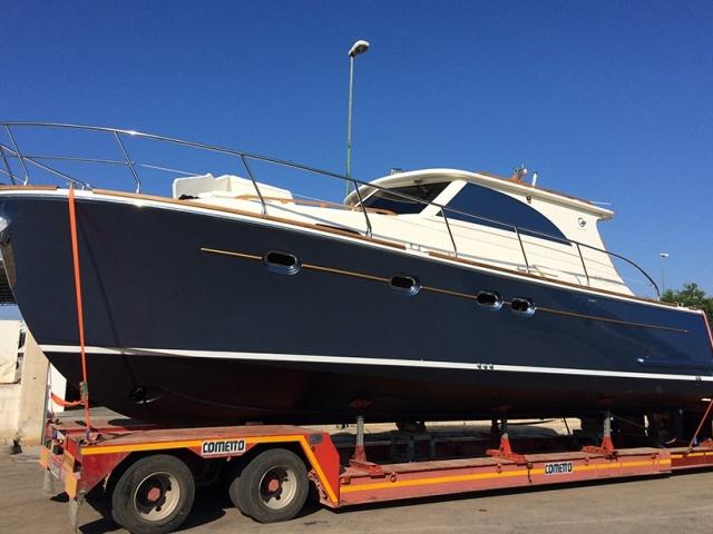 Imbarcazione completata e pronta al trasporto